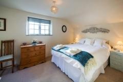 medlar cottage bedroom