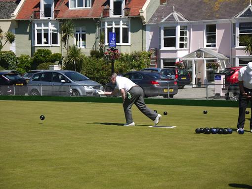 Bowls in Shaldon