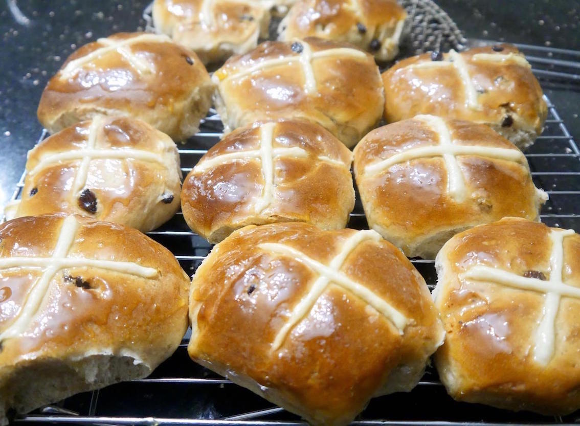 Cakes Bakes & Biscuit course -with Easter in mind